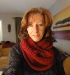 For this cowl we used 3 skeins and needle size 6mm