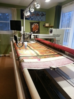 Wow have a look at this Longarm Quilting Machine!